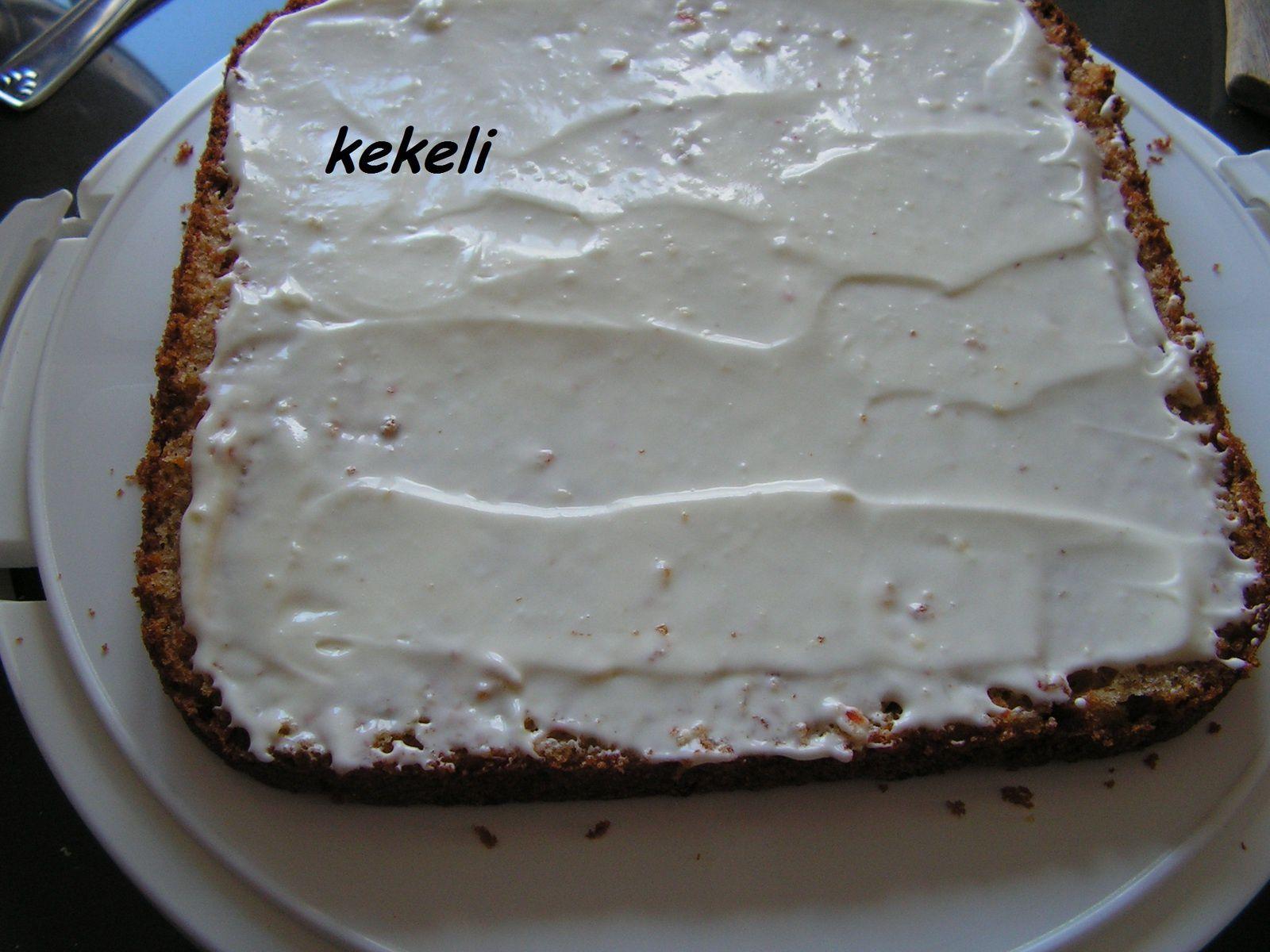Carrot cake carré glaçage au fromage frais