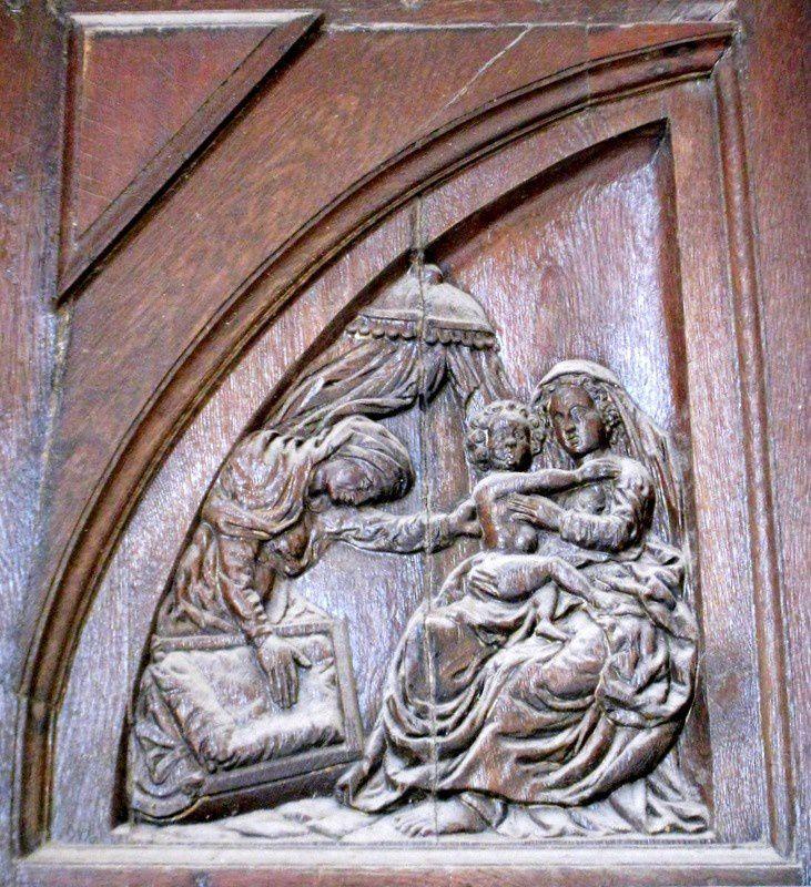 Portail latéral droit, église Notre-Dame de Pontoise