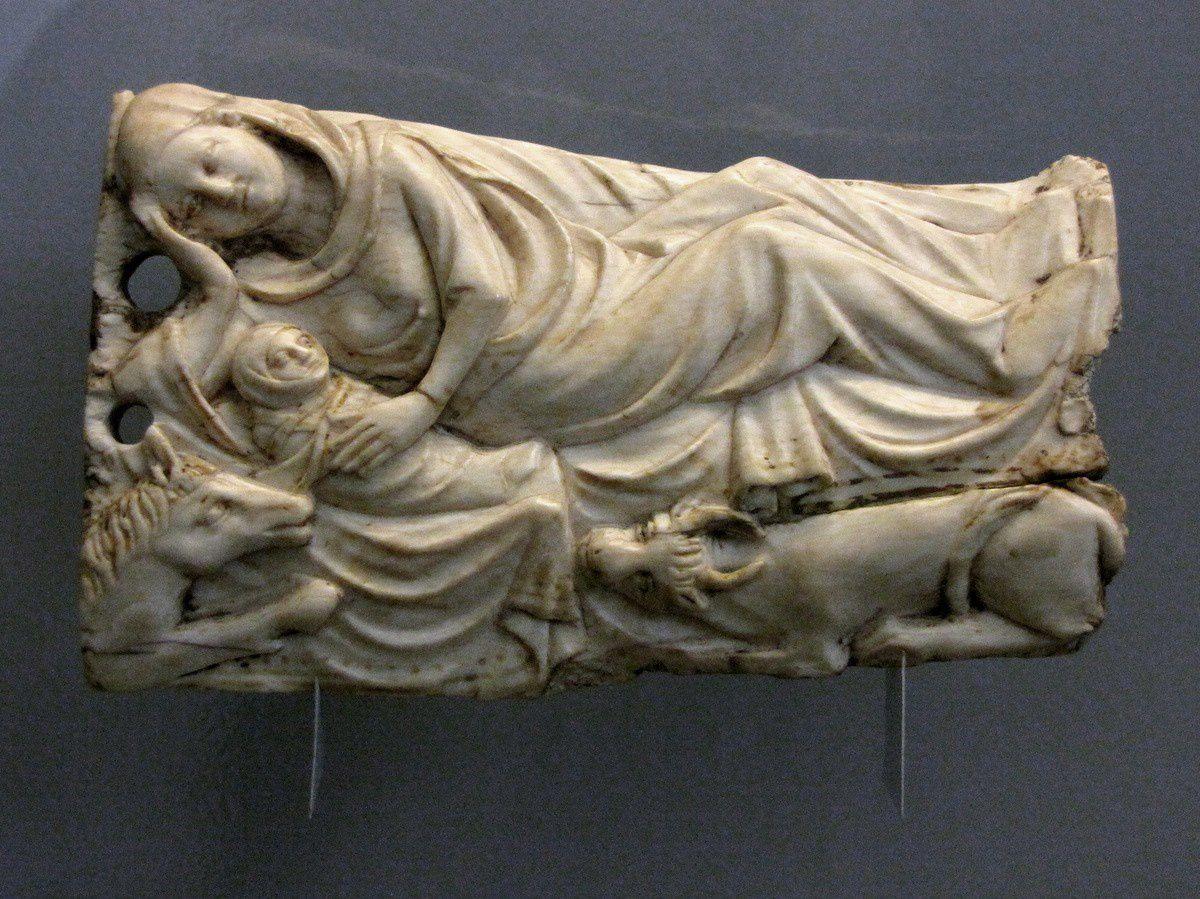 La Nativité (ivoire), musée de Picardie