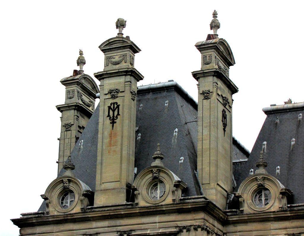 Les toitures du château de Franconville à St Martin-du-Tertre