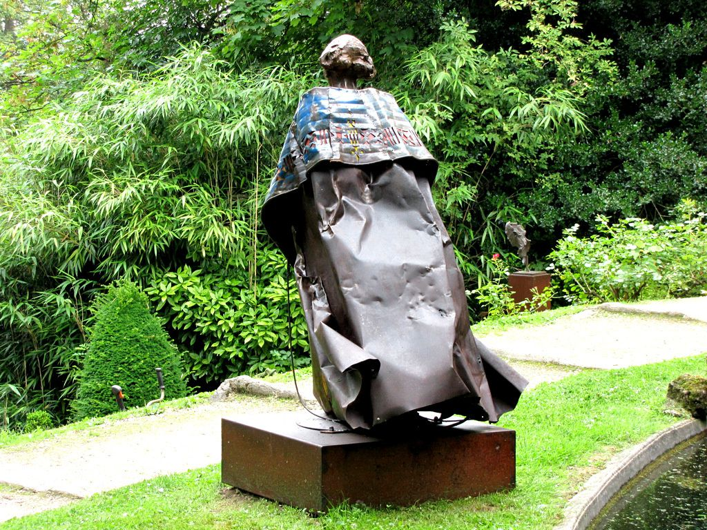 Aïna, sculpture d'Emmanuel Michel