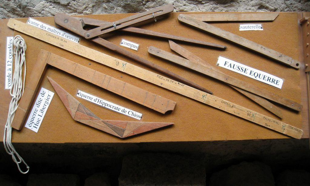 Maçonnerie et éléments d'architecture, abbaye de Boscodon