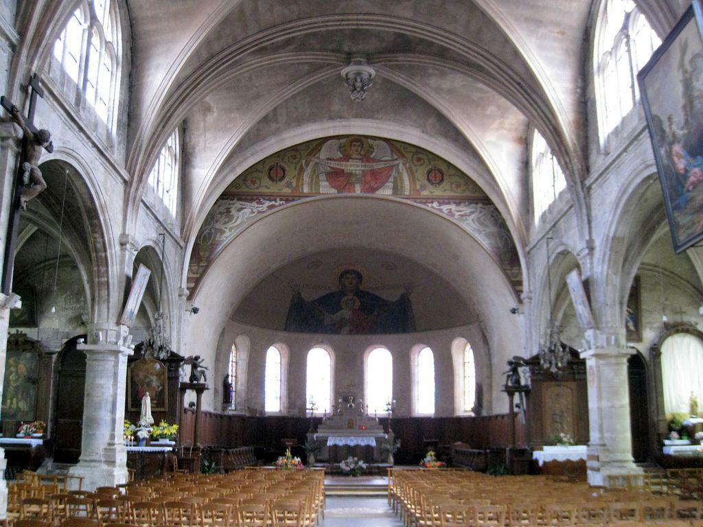 Tableau et statues de l'église Notre-Dame de Pontoise