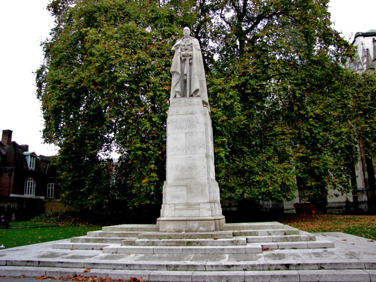 Statue de George V, Londres
