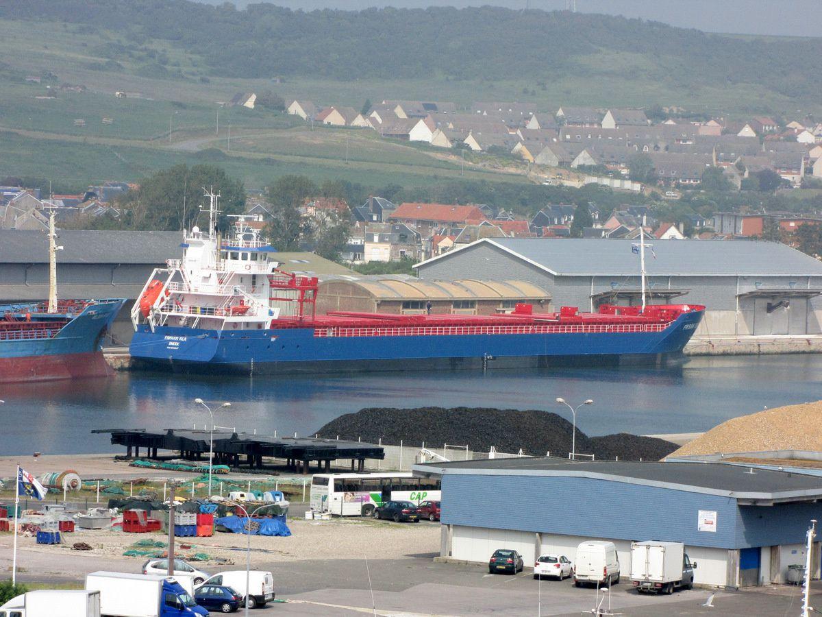 Bassin de commerce, port du Tréport