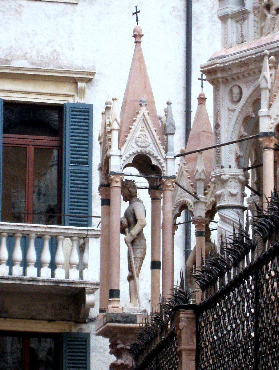 Tombeaux des Scaligeri, Vérone