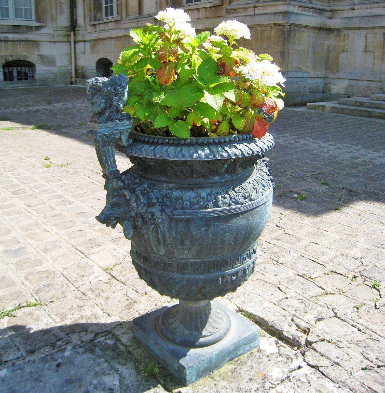Sculptures et vases du château de Maisons-Laffitte