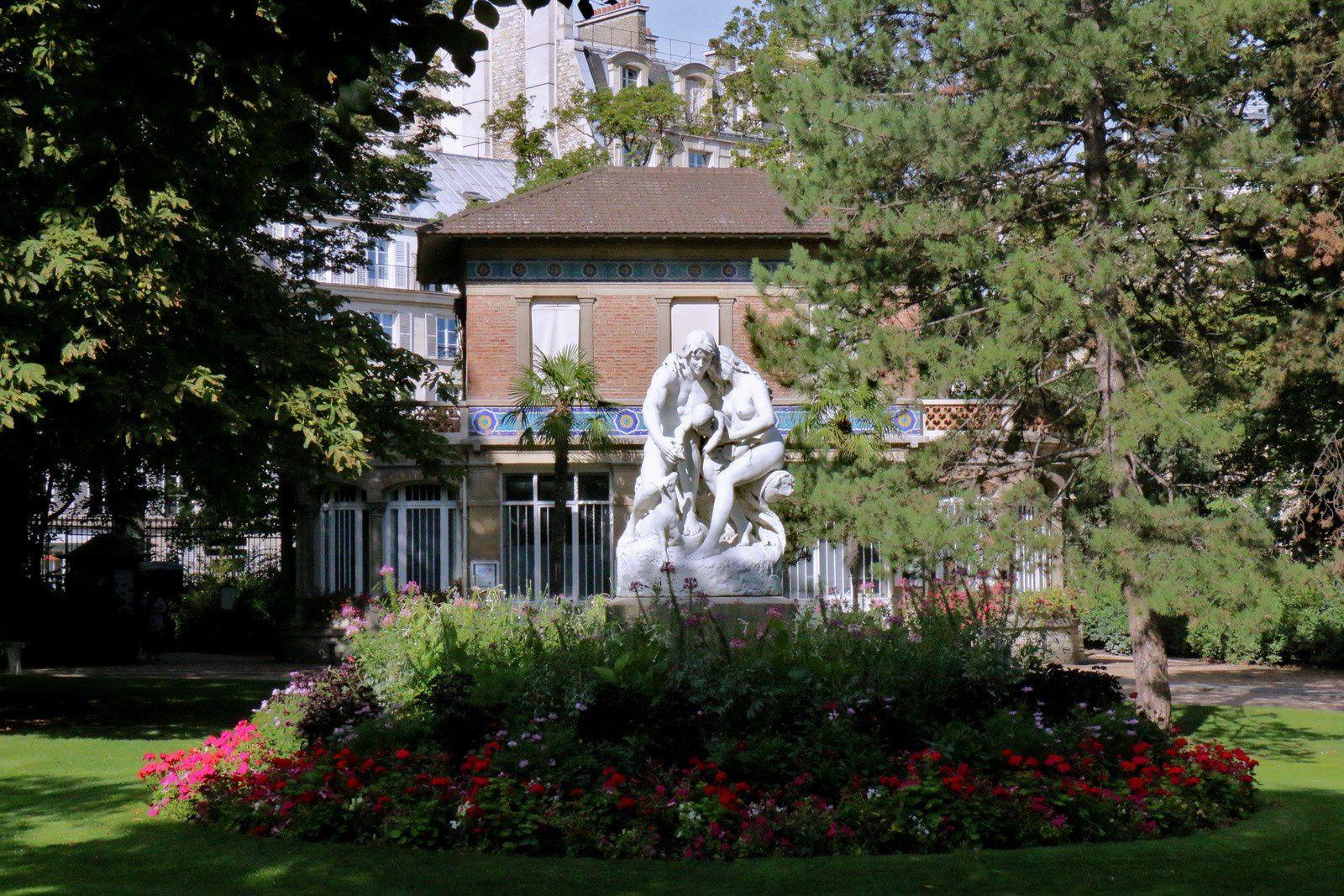 Joies de la Famille, groupe sculpté de Horace Daillion