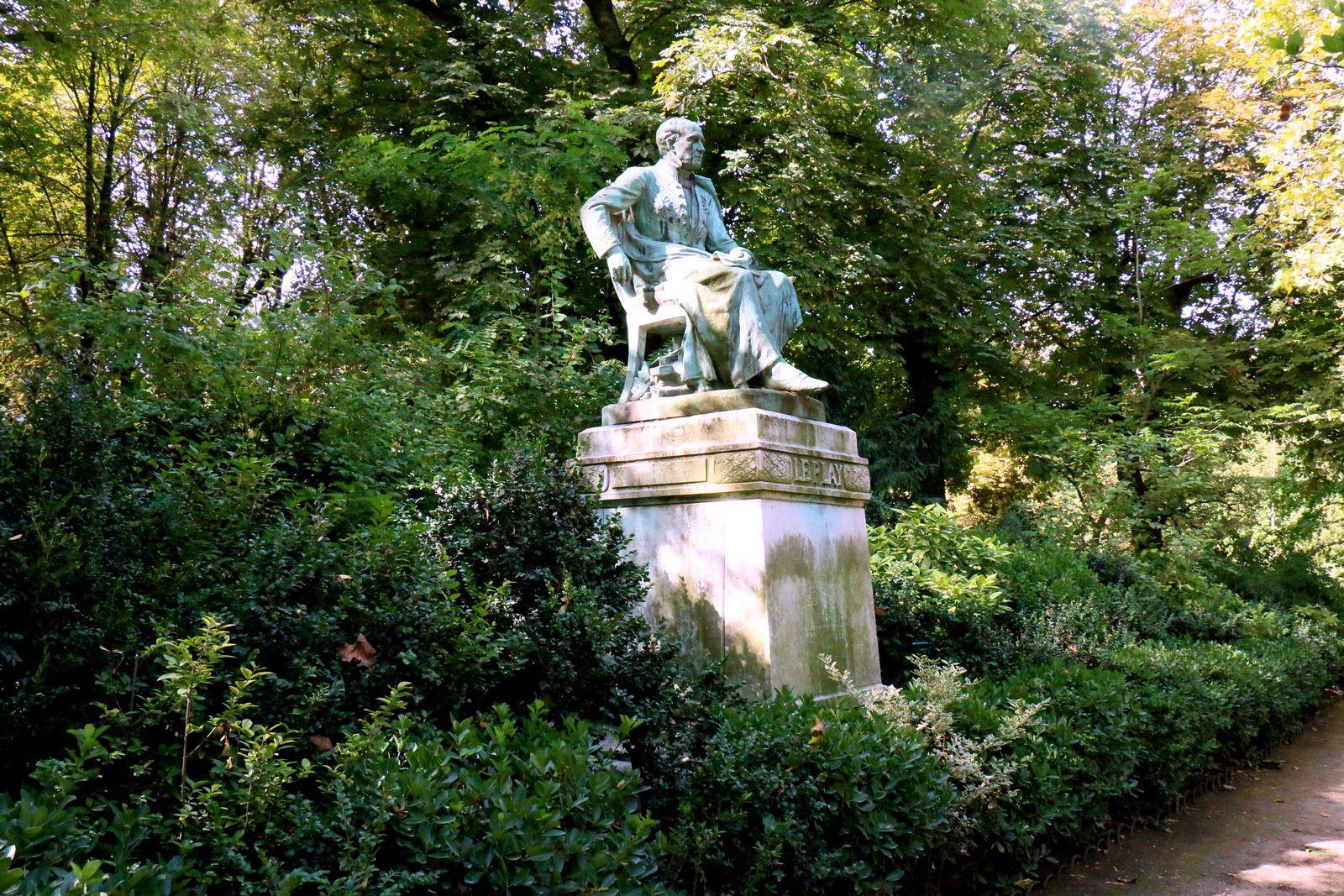 Statue de Frédéric Le Play par André Joseph Allar