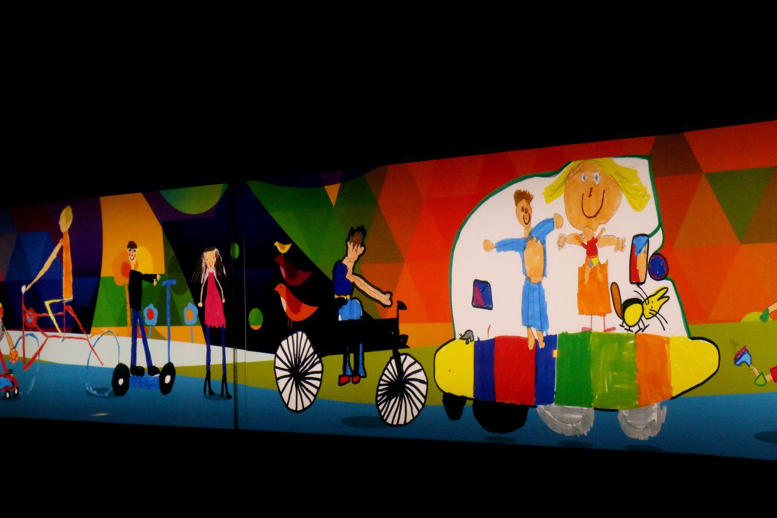 Tunnel de la Croix Rousse, les fresques des enfants