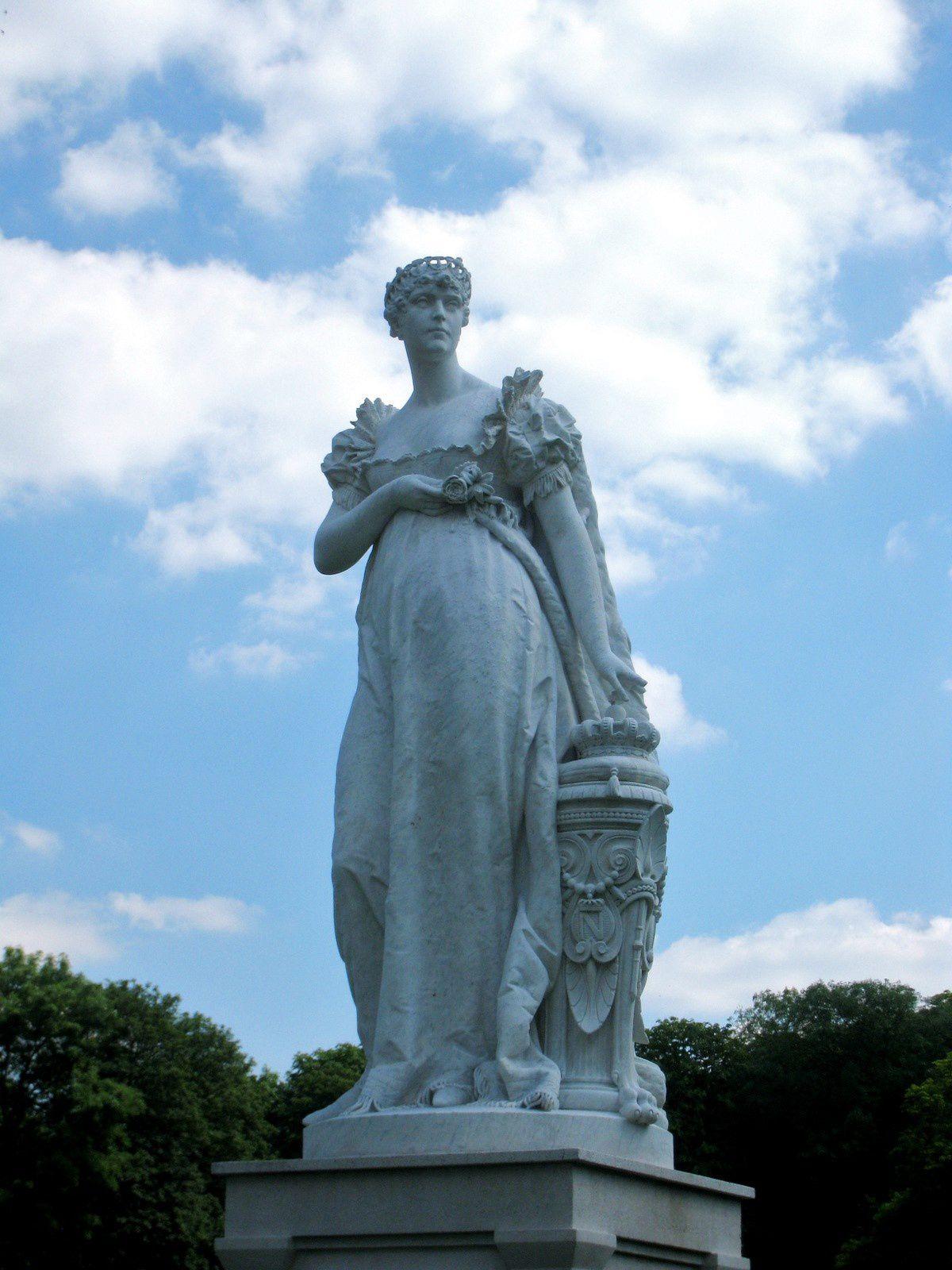 Joséphine de Beauharnais, parc du Bois-Préau