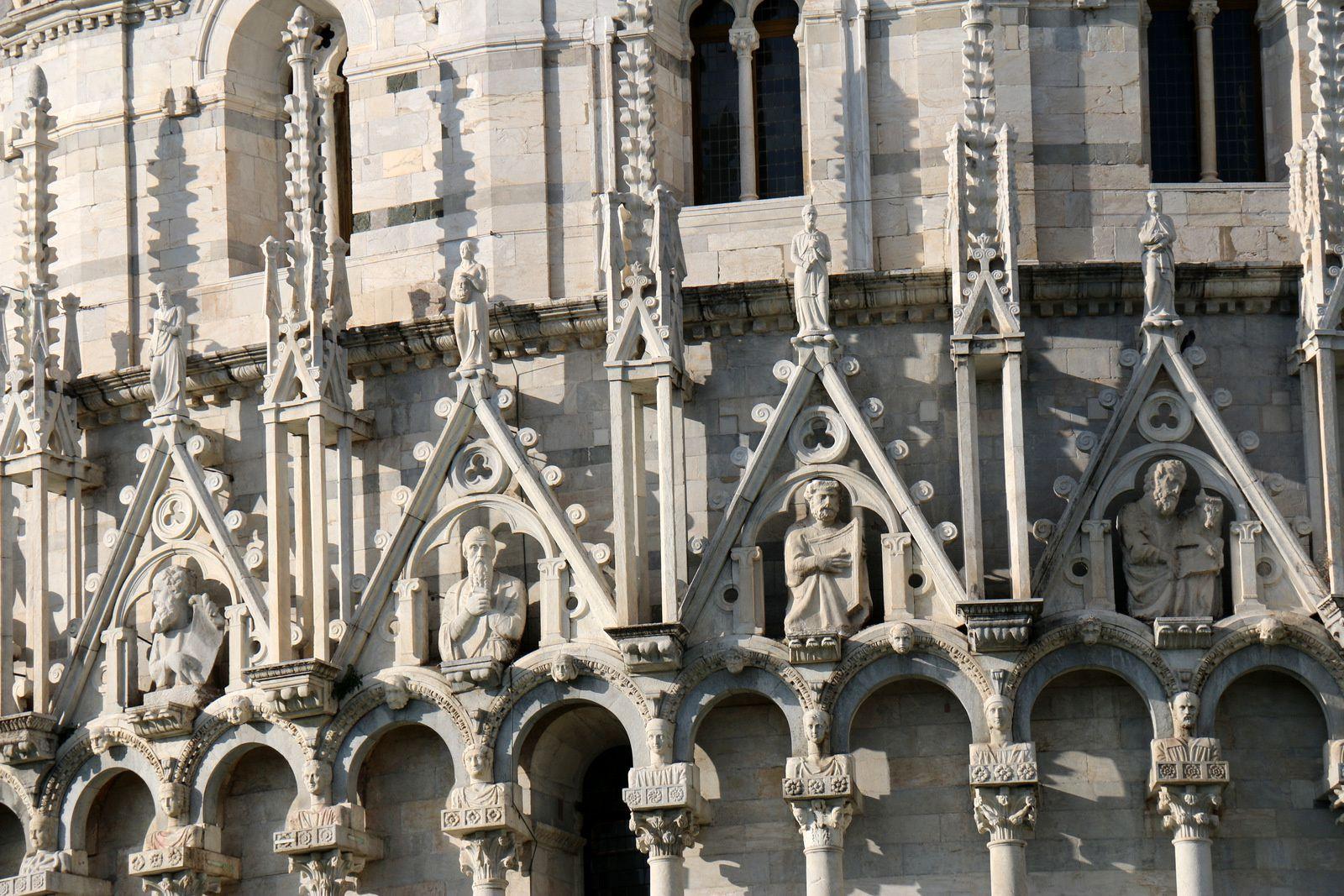 Le Baptistère Saint-Jean de Pise et le Camposanto