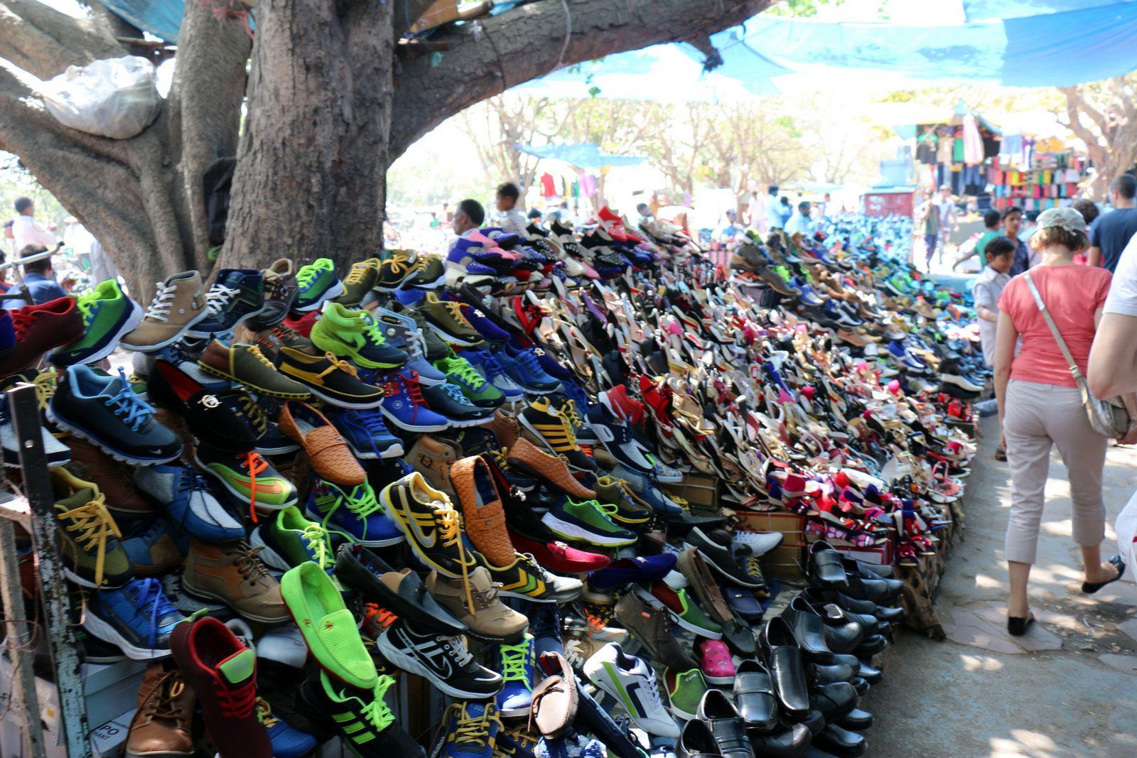 Marché aux chaussures, Delhi
