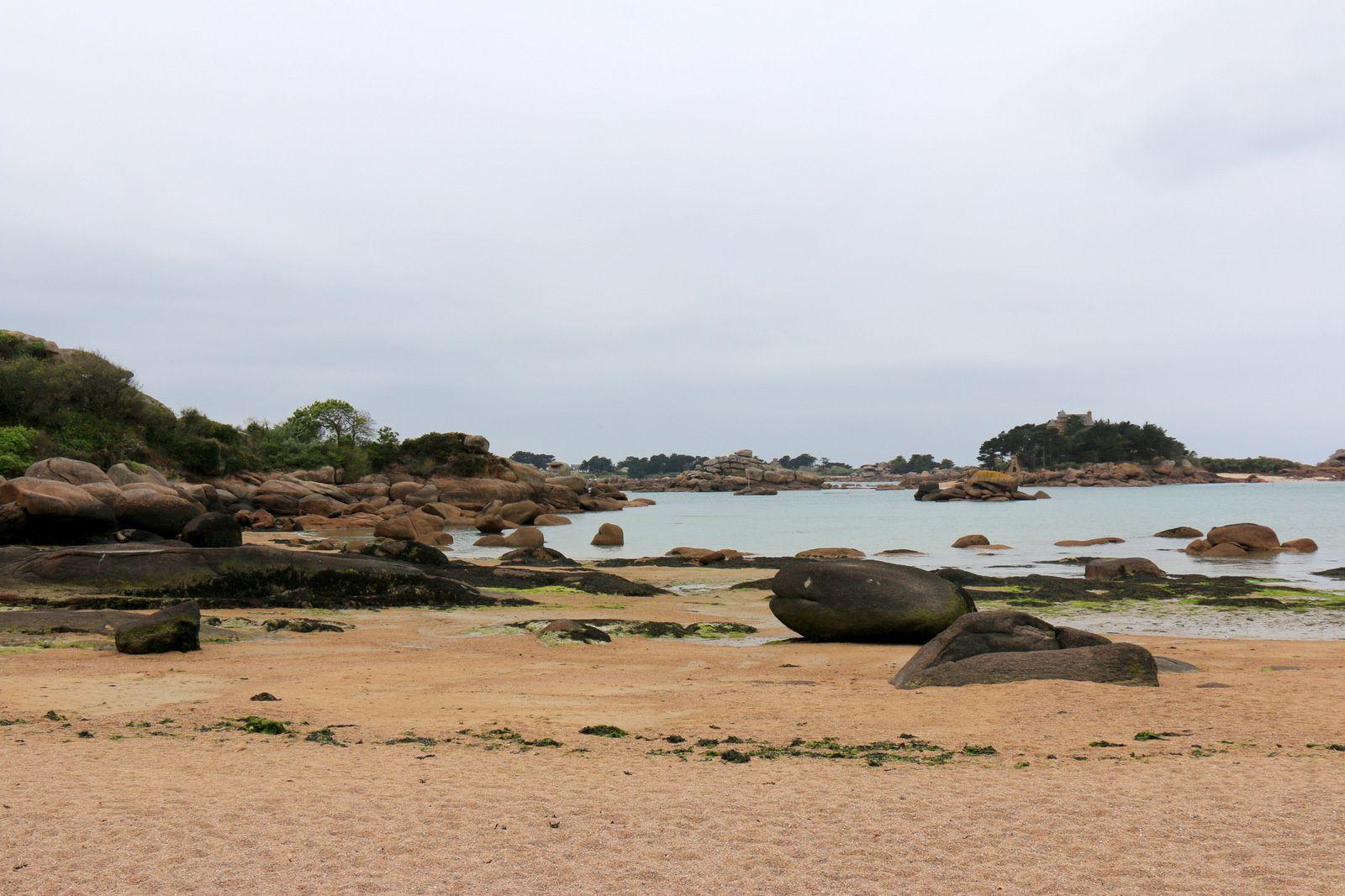 Ploumanac'h, plage de l'Anse Saint-Guirec