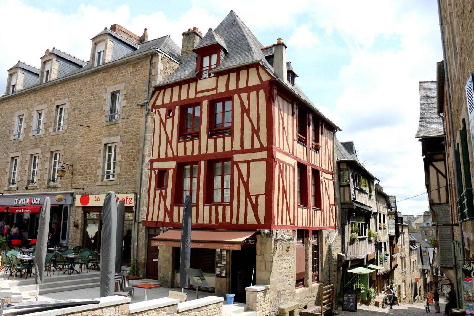 Maisons à colombages à Dinan