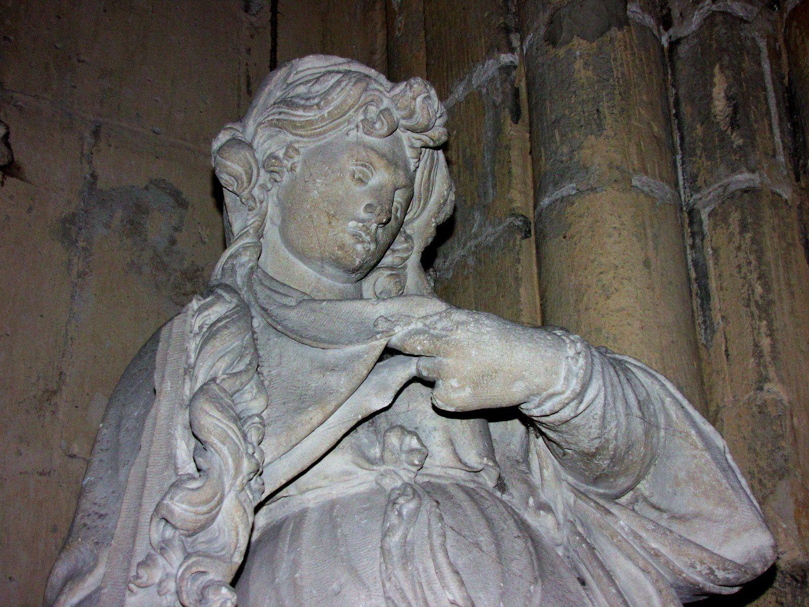 Cathédrale Notre-Dame de Senlis, Saint Michel archange et Vitrail de Claude Courageux