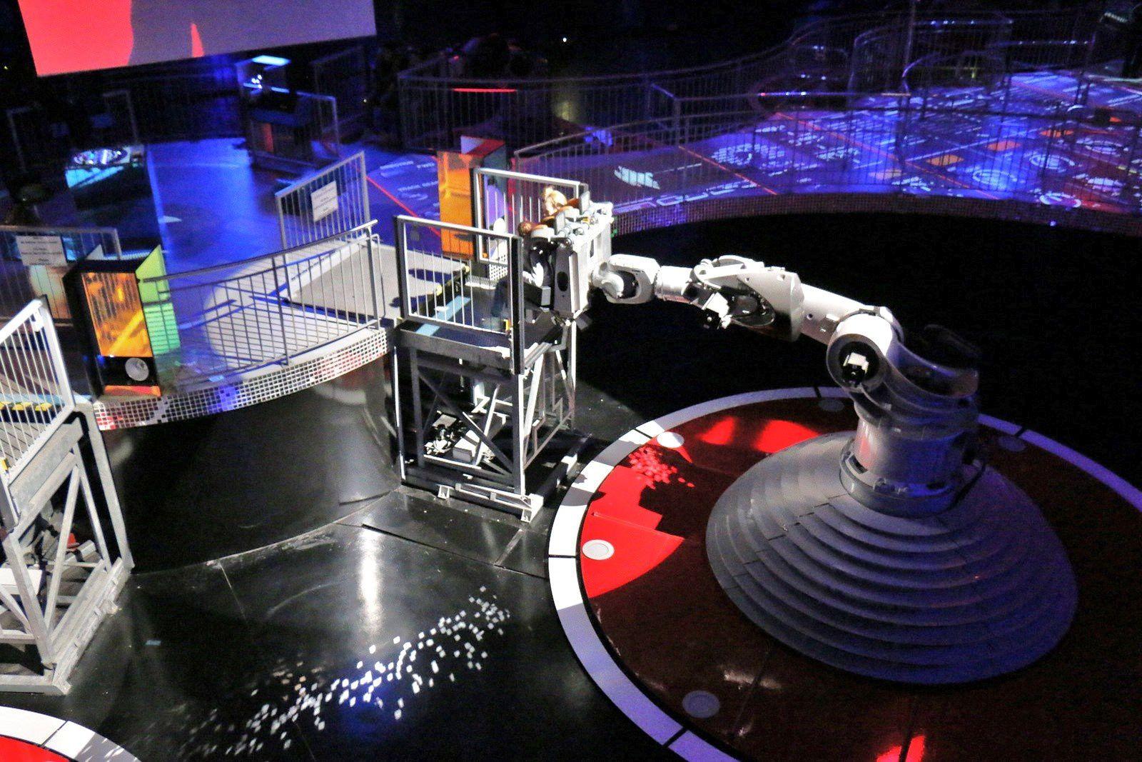 Futuroscope, le Kinémax et le Pavillon des Robots