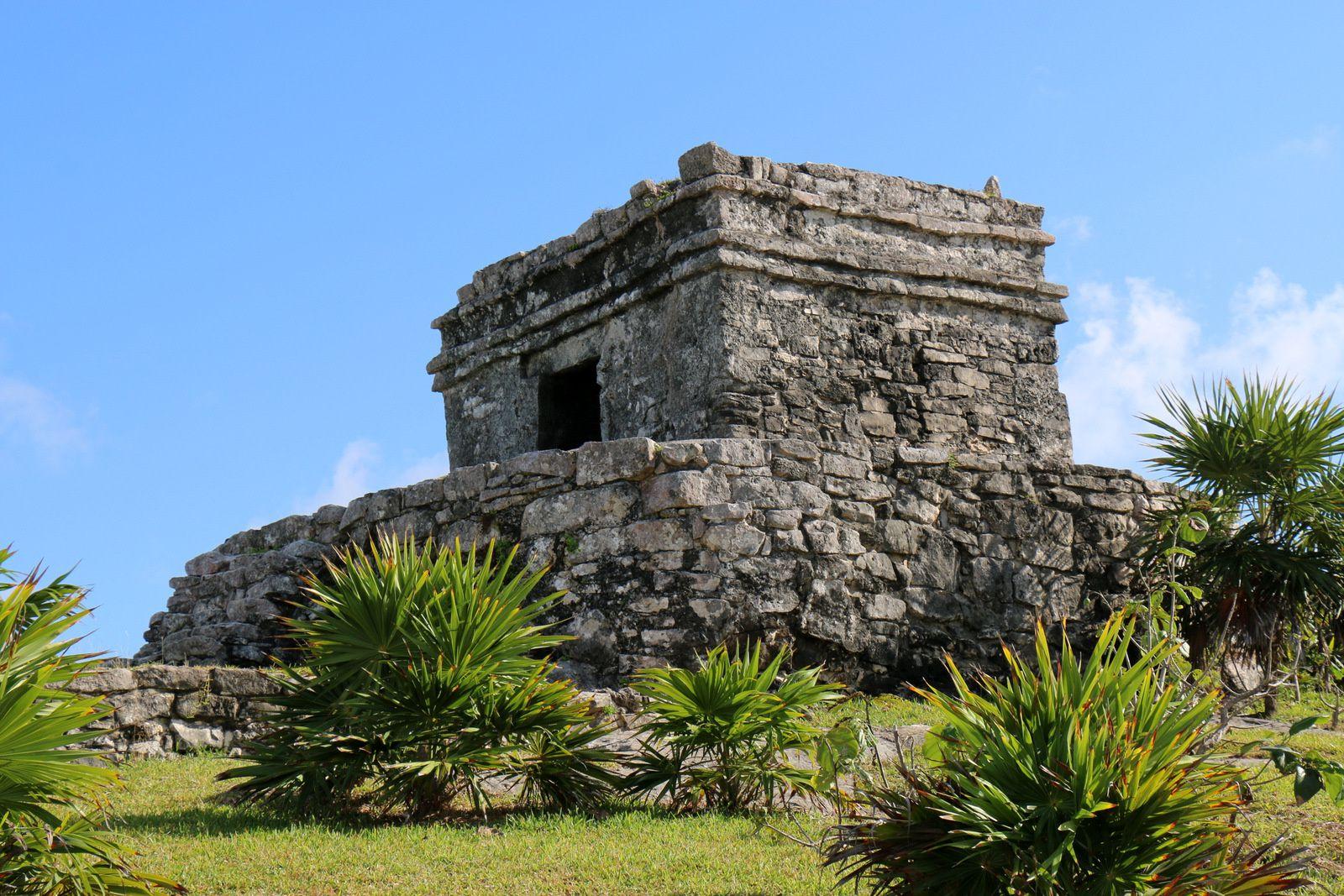Temple du Dieu du Vent, site archéologique de Tulum (Mexique)