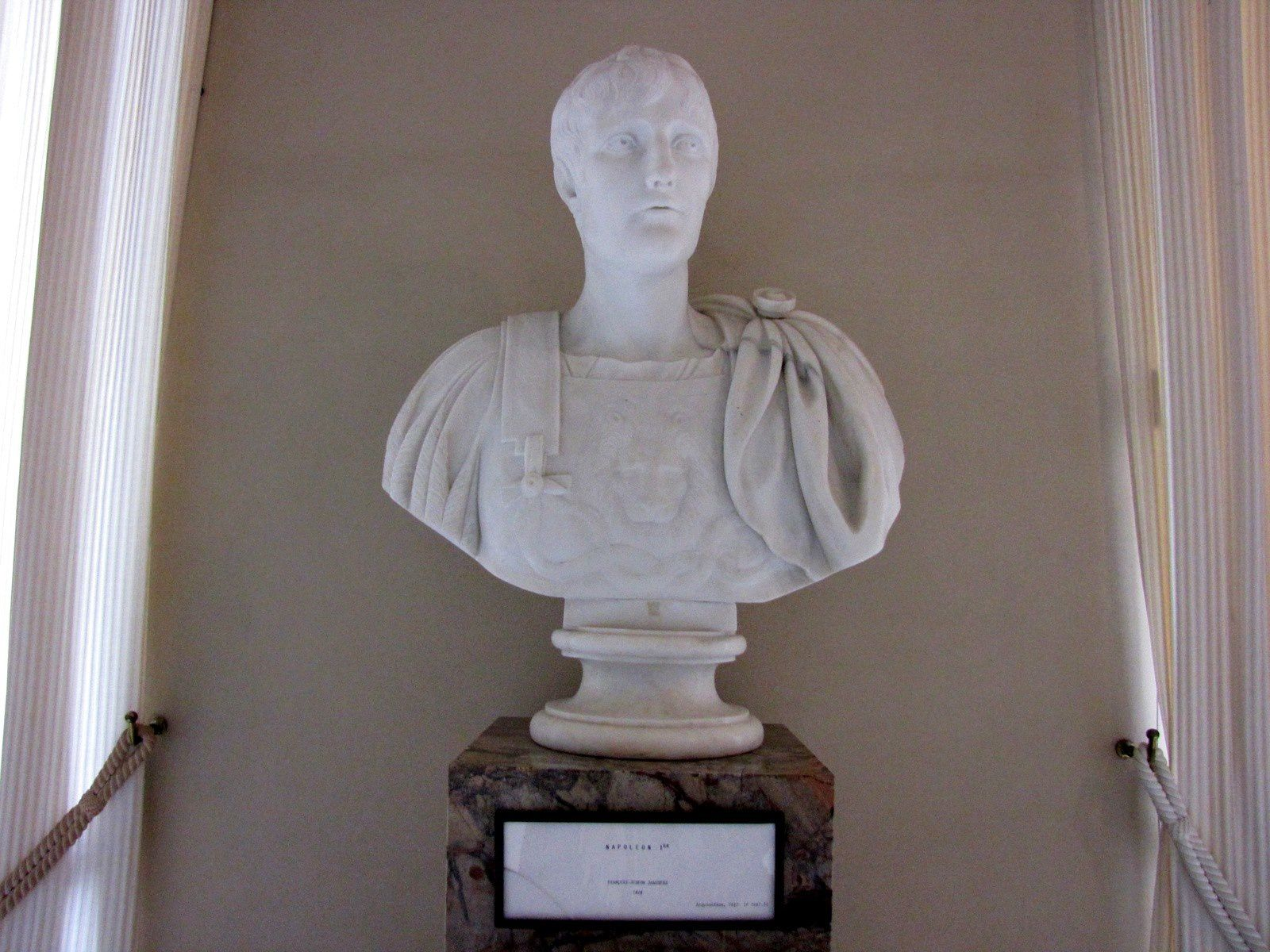 Bustes de Charles IV, Léonard de Vinci, Joséphine et Napoléon 1er