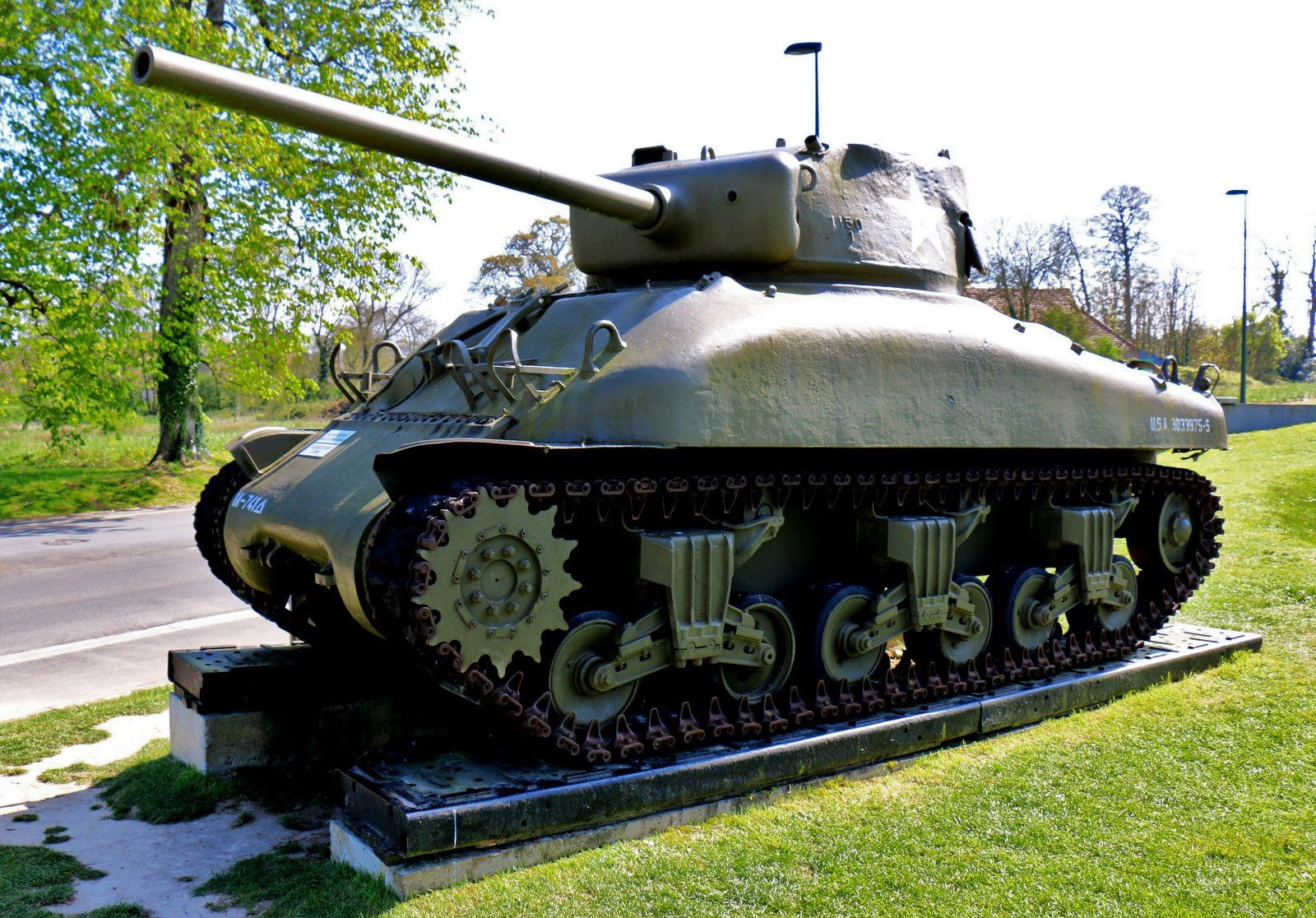 "M4A1 Medium Tank ""Sherman"""