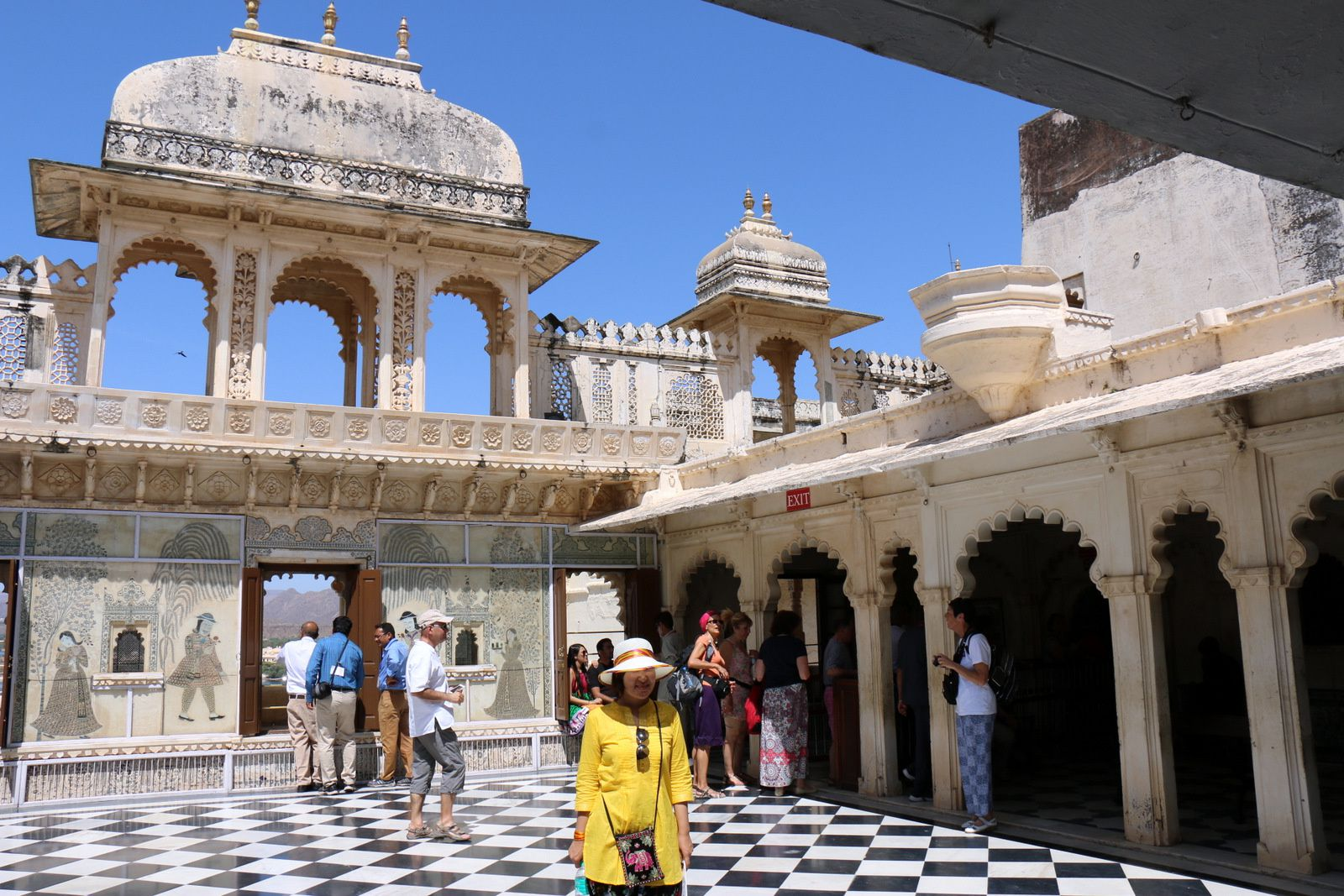Cour intérieure dans le City Palace Museum (Udaipur, Inde)