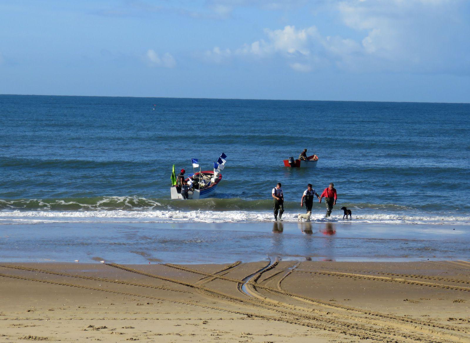 Départ de pêcheurs du port d'Islantilla, Andalousie (Espagne)