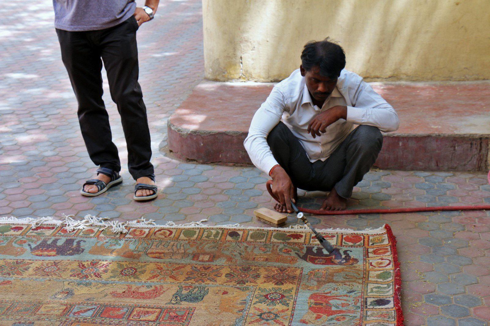 Fabrique de tapis à Jaipur, Rajasthan (Inde)
