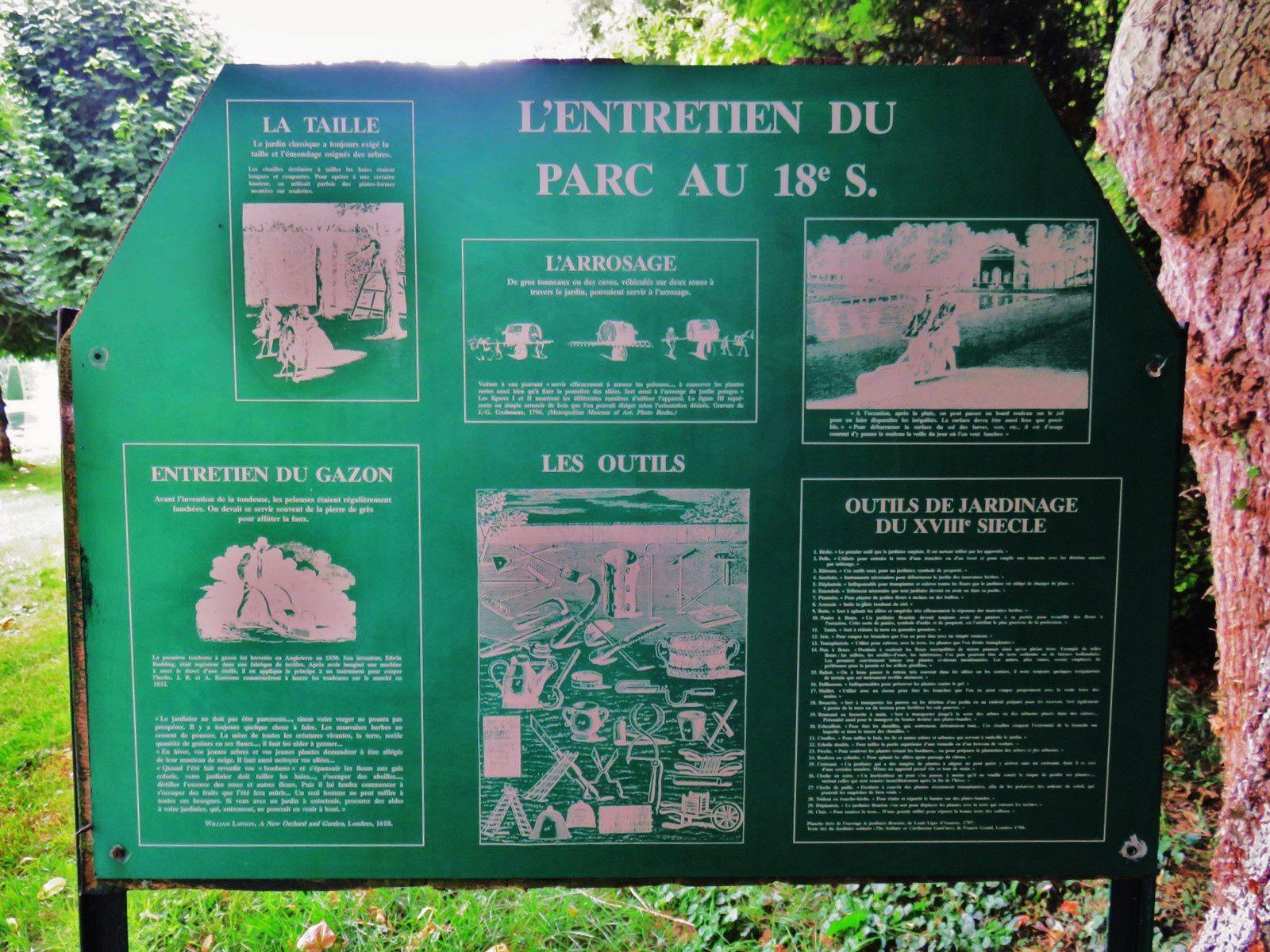 Château de Vendeuvre, entretien du gazon