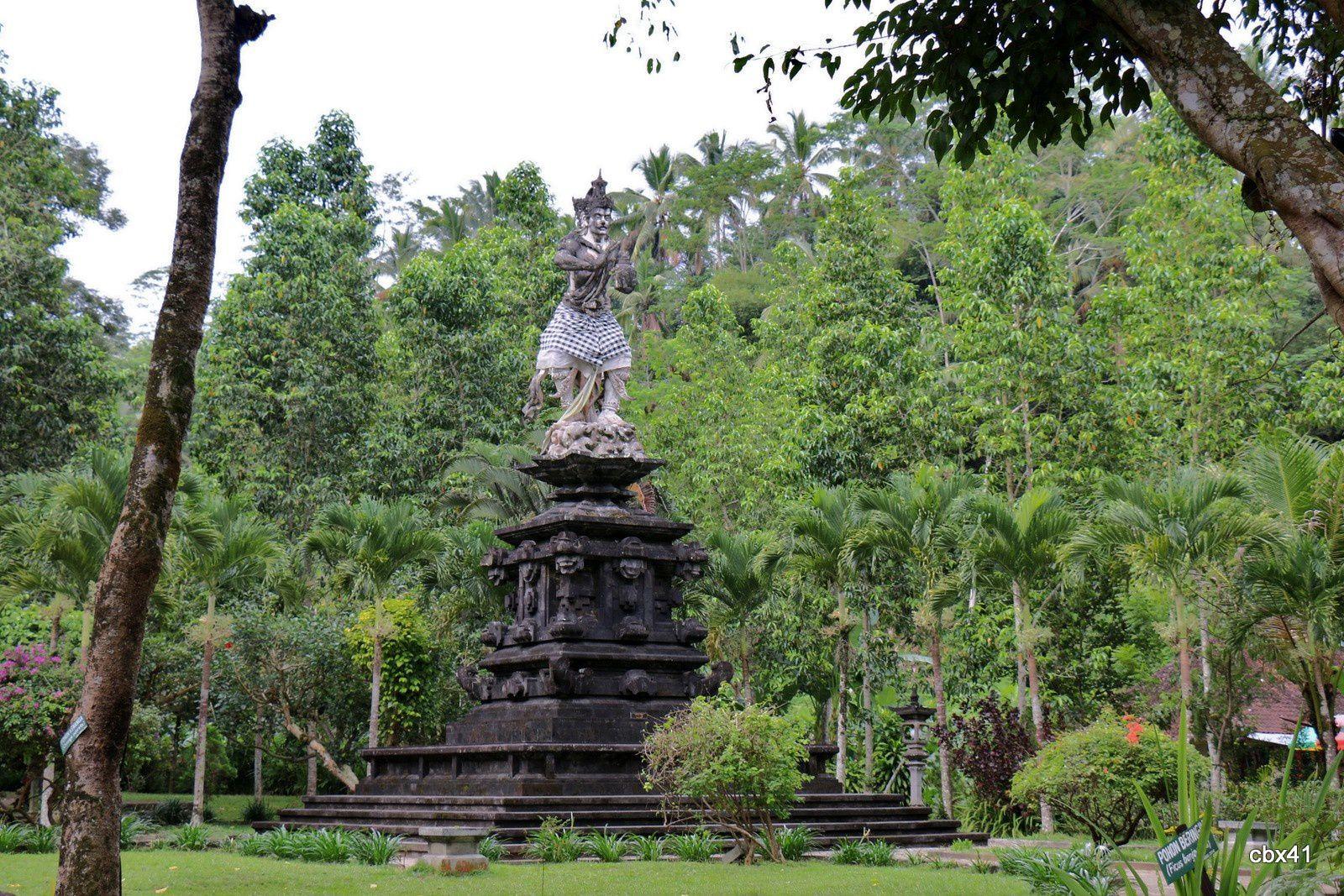 L'entrée du temple de Tirta Empul, Tampaksiring (Bali, Indonésie)