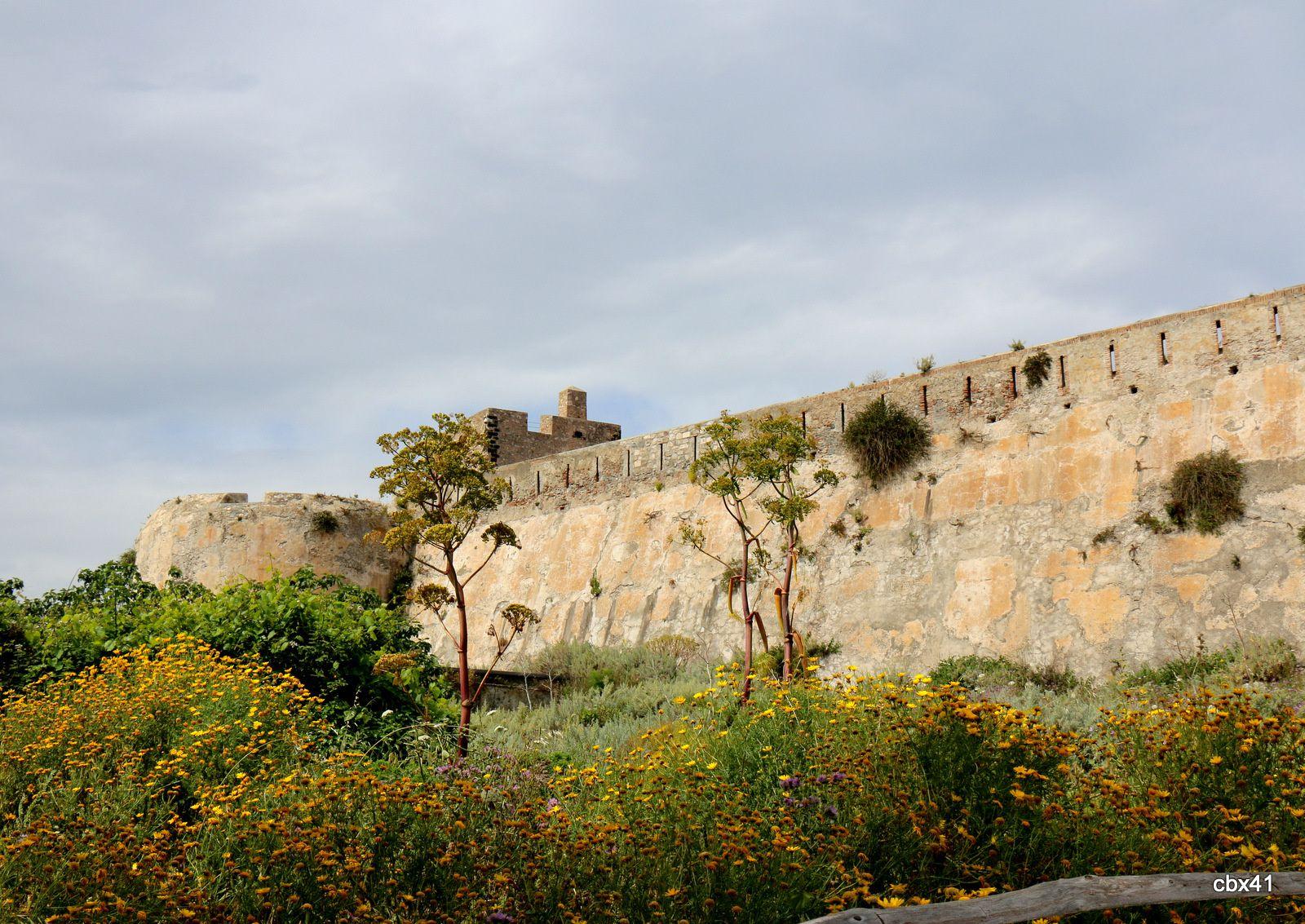 Le château de la citadelle de Milazzo