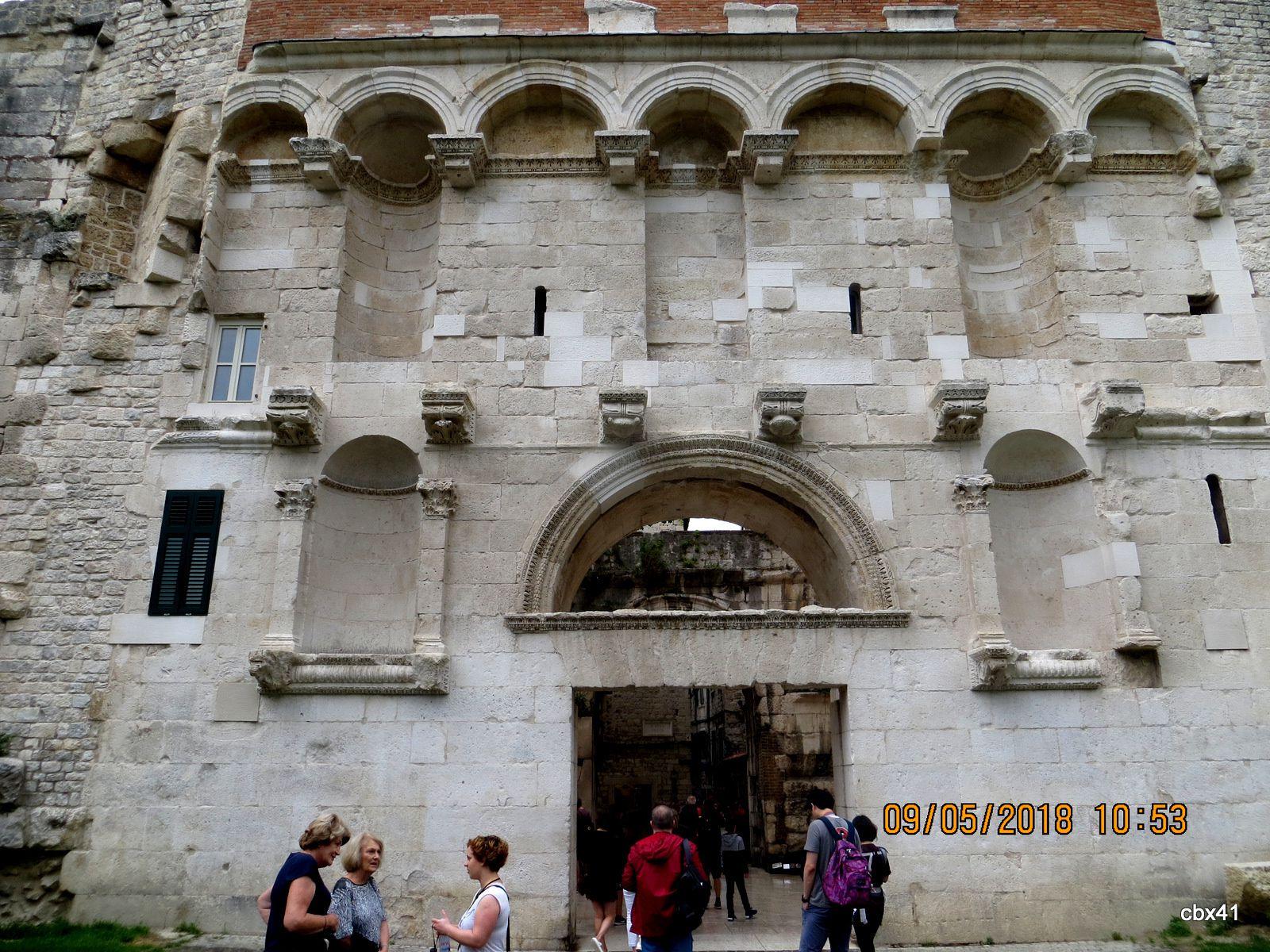 Ruelles et murailles de Split (Croatie)