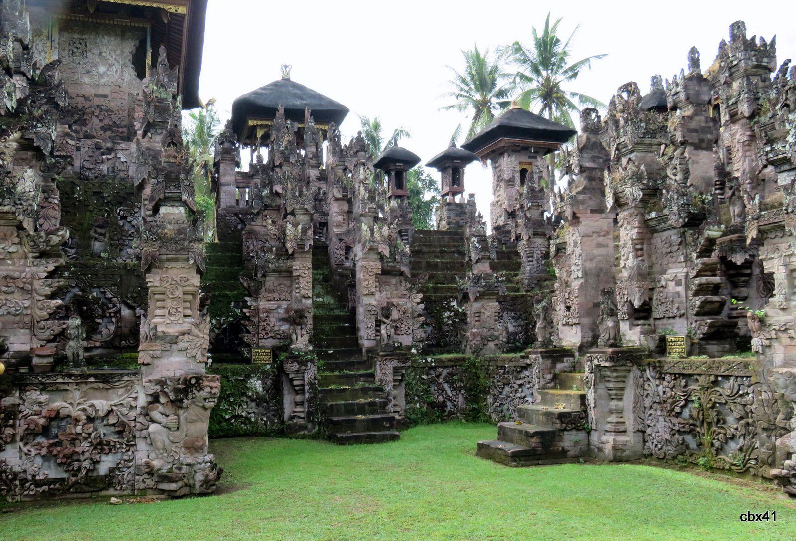 Le temple Pura Beji, le sanctuaire principal (Bali, Indonésie)