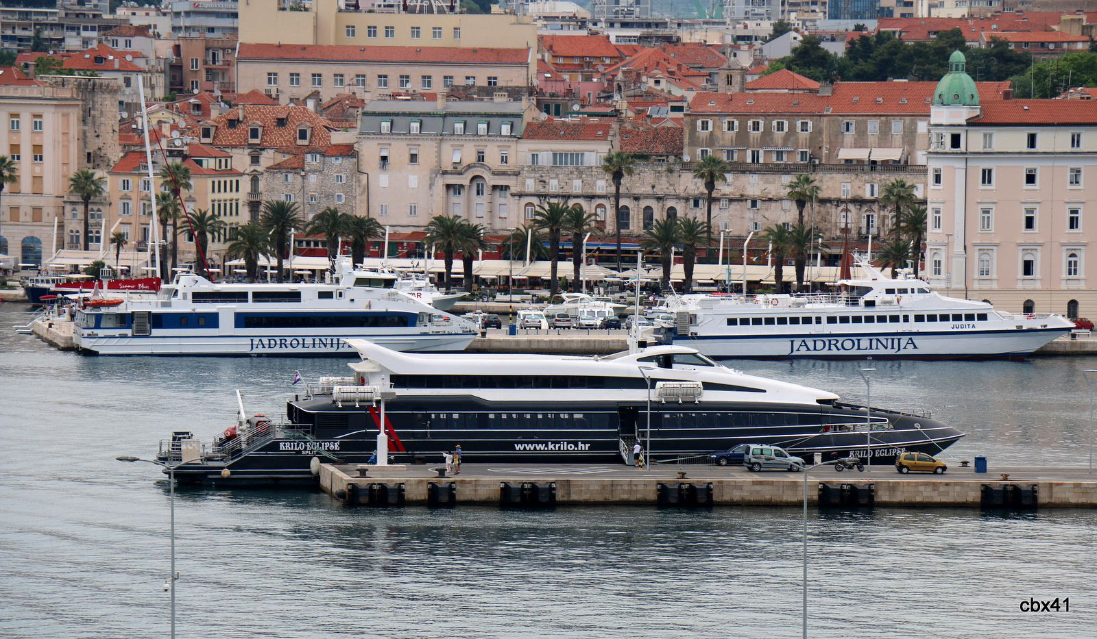 "Ferry ""Krilo Eclipse"" à Split (Croatie)"
