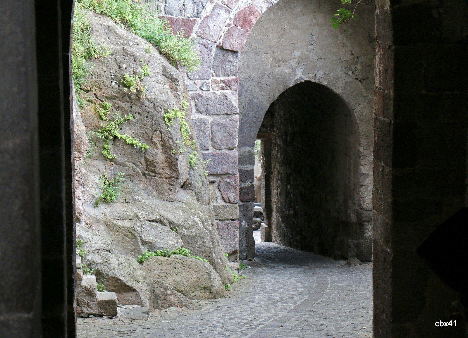 Sur la voie d'accès à la citadelle de Lipari