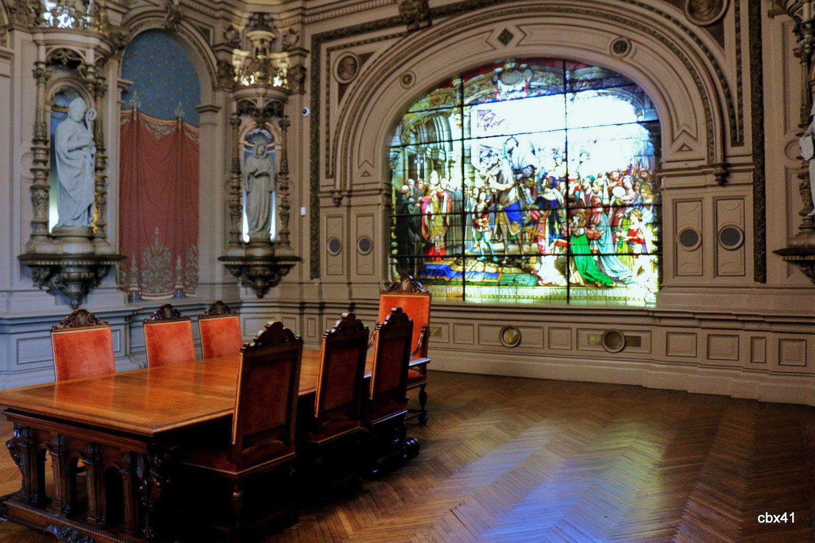 Vitrail François 1er de la salle des abbés du palais de la Bénédictine