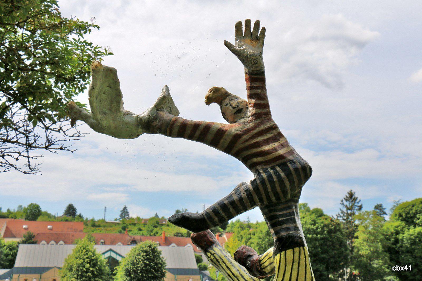 Kambach Moshgelan, Les acrobates