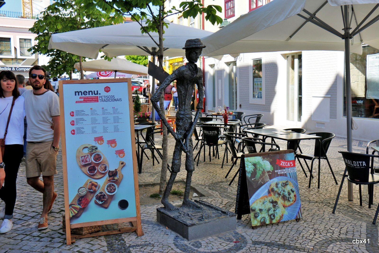 Façades et enseigne de restaurant, Aveiro (Portugal)