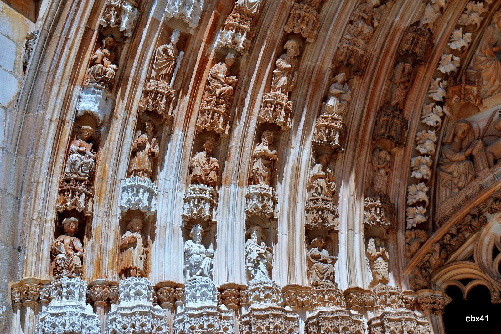 Entrée principale de l'église du monastère de Batalha , Portugal