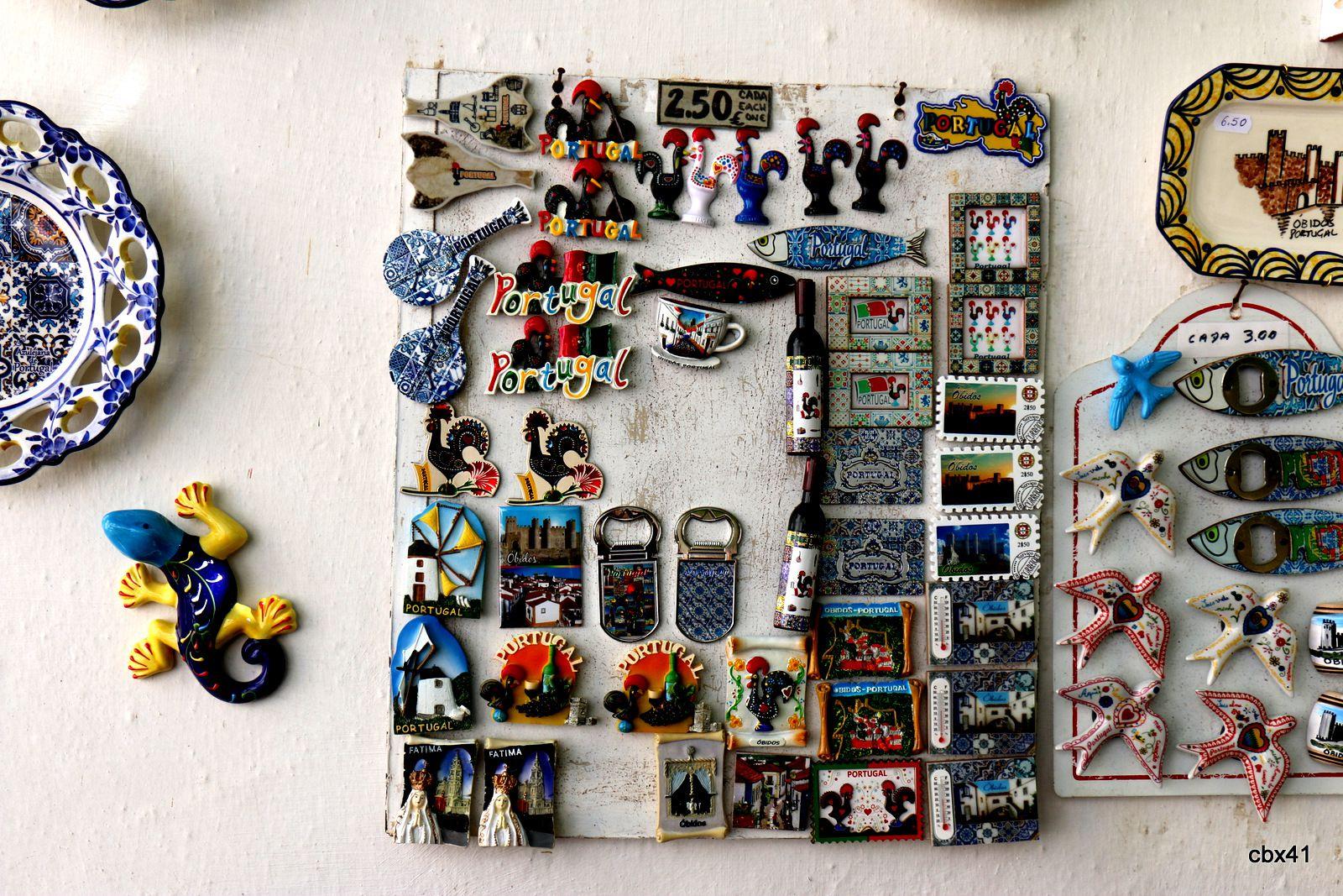 Faïences souvenir (vaisselle), Óbidos (Portugal),
