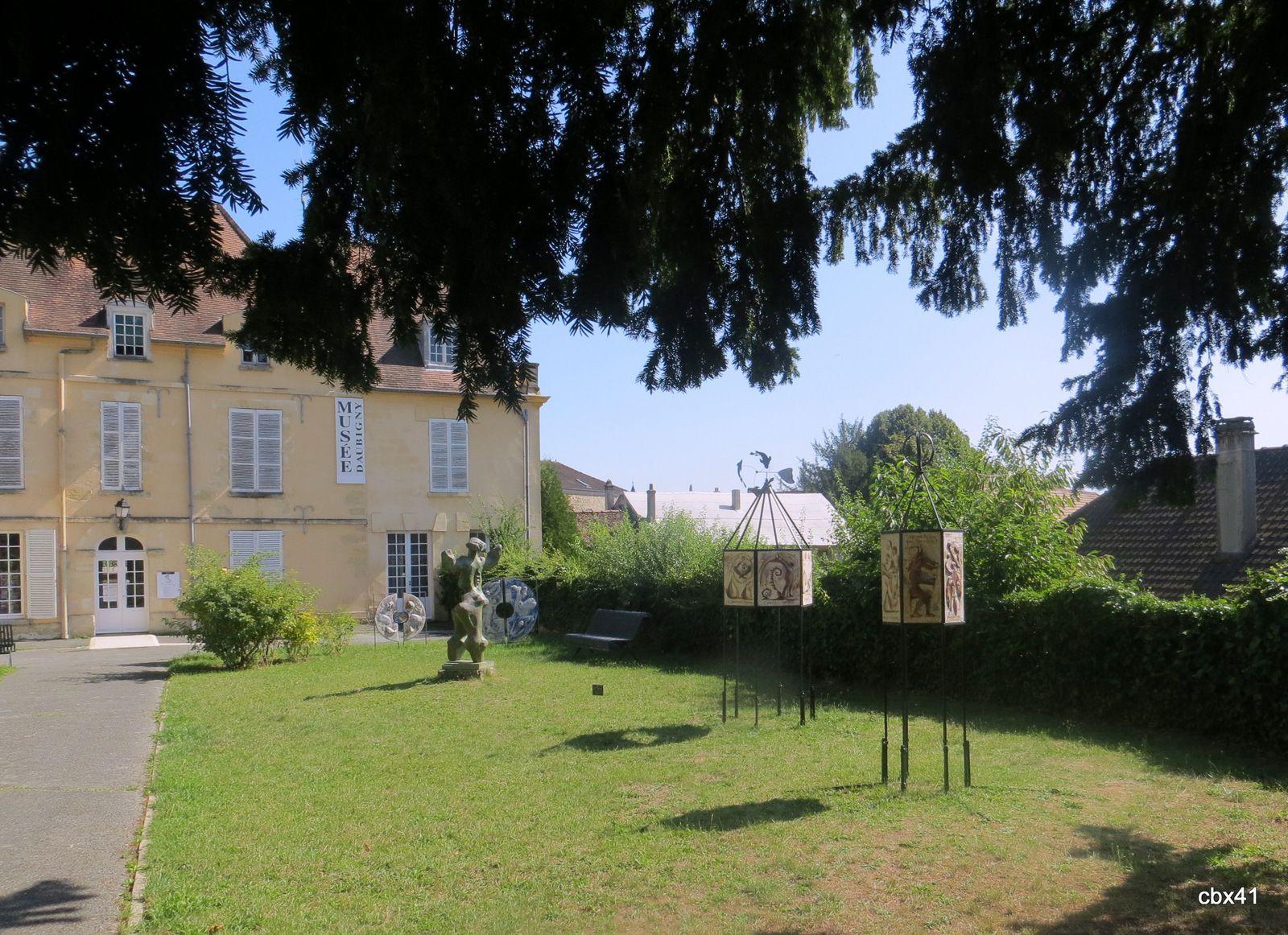 "Sculpture ""EPHPHATHA"" (Ouvre-toi), jardin du musée Daubigny"