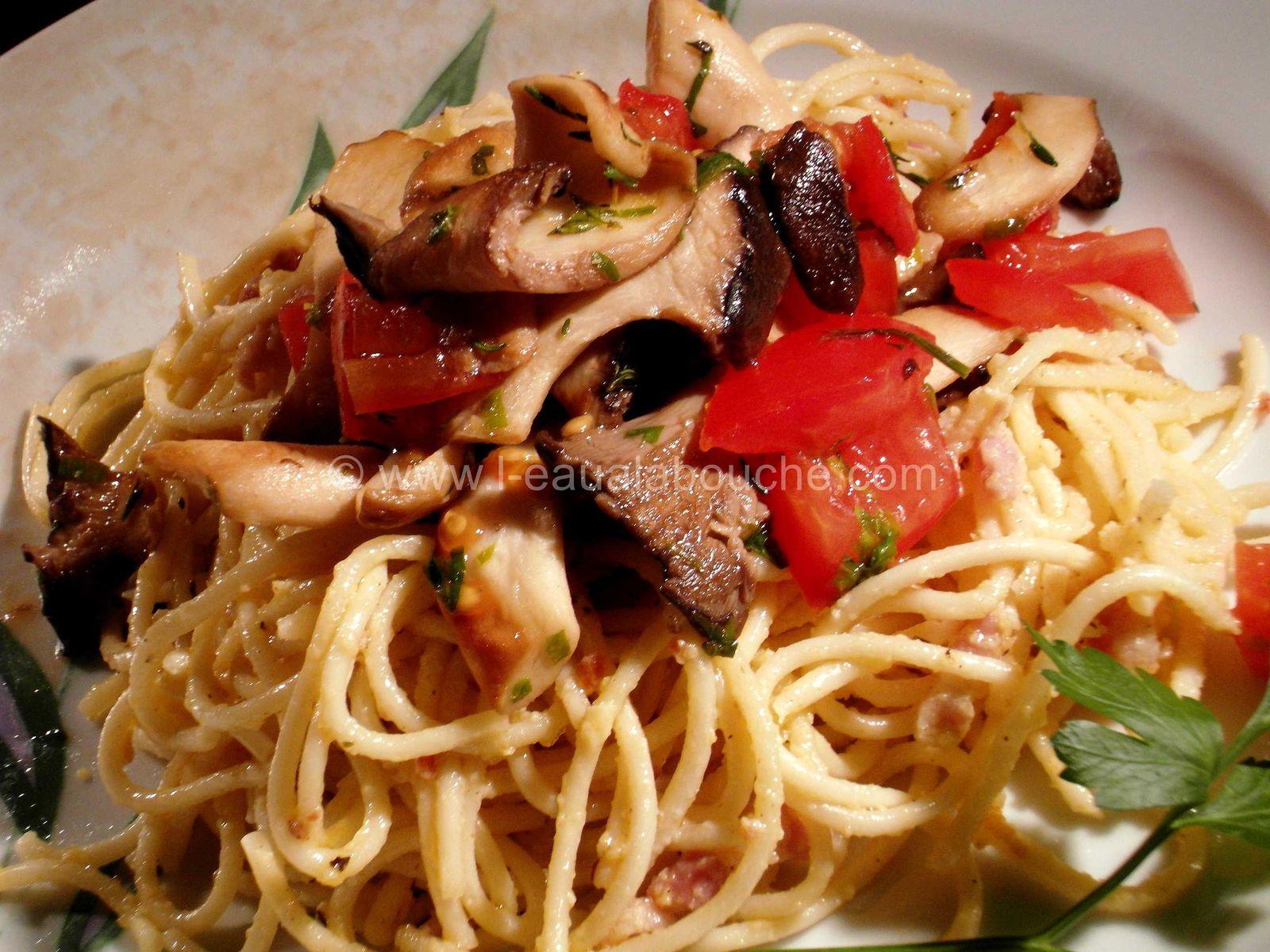 Spaghetti aux Petits Lardons Pleurotes et Tomates