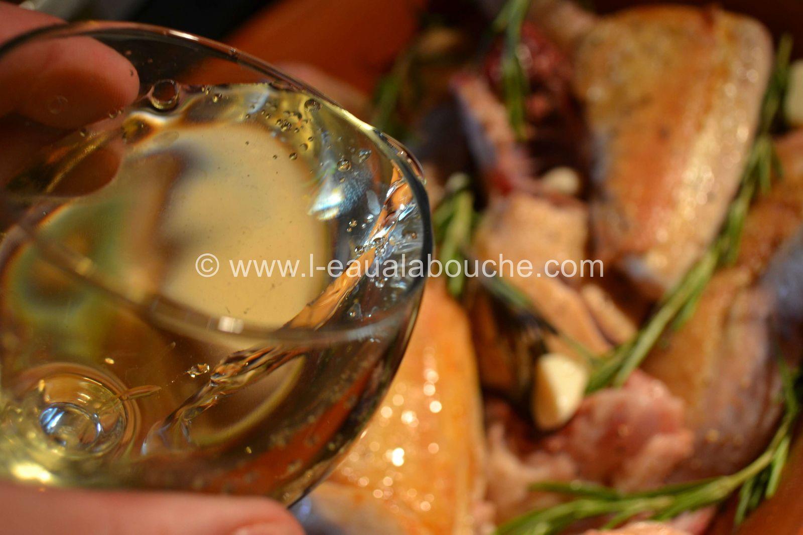 Poulet à l'Ail & au Romarin Sauce à la Crème & Vin Blanc