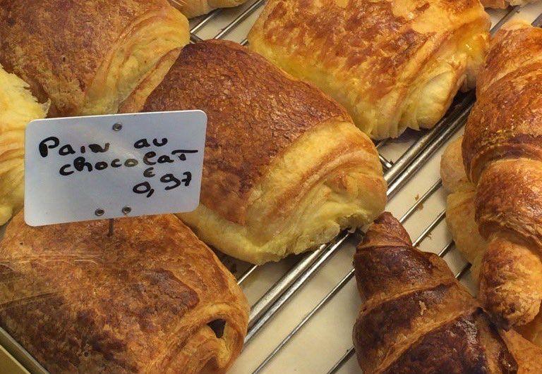 Copé estime le prix du pain au chocolat à 15/20 centimes