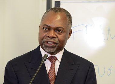 MIGUEL DA COSTA NTANDU NAMPUTU - Engenheiro em exploração de Aviação Civil, Mestre em Ciências Políticas e Diplomata.