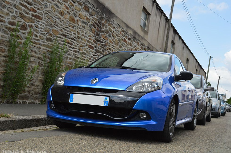 AD16 • Renault Clio 3 RS '10