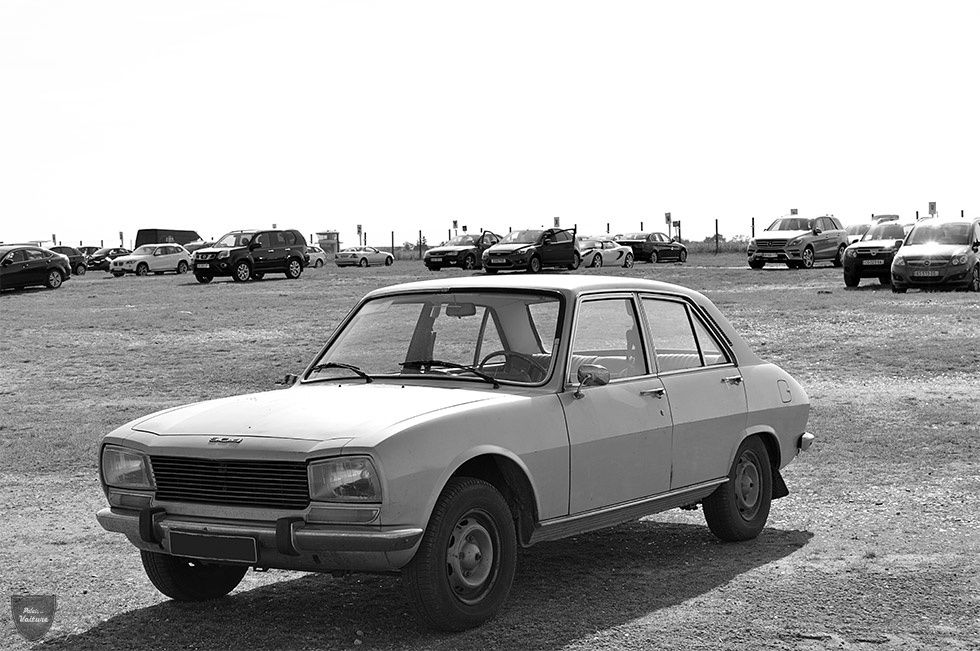AB93 • Peugeot 504 GL '73