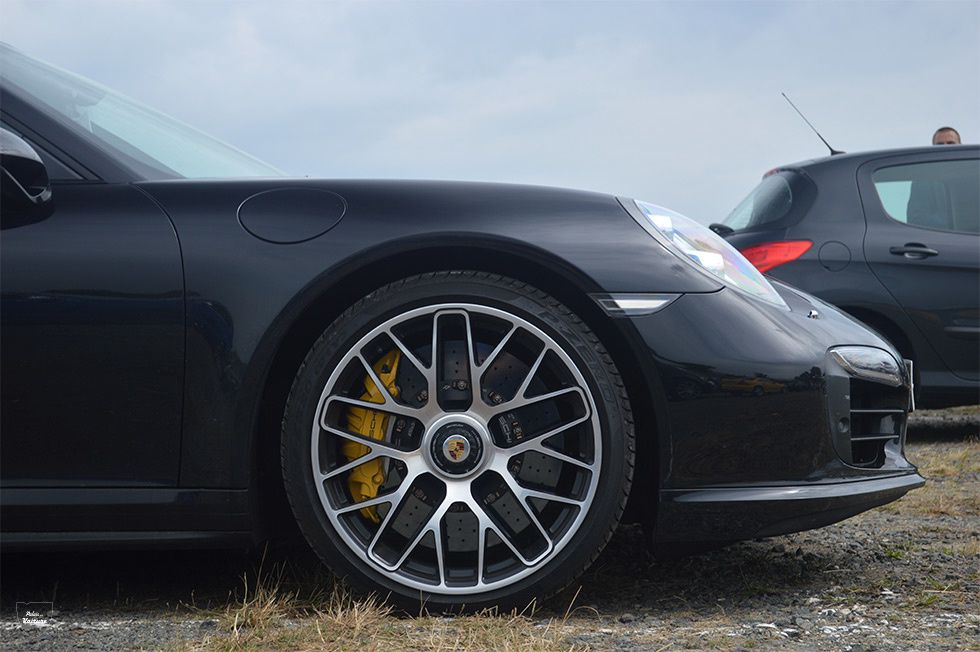 AG98 • Porsche 911 (991) Turbo S '15