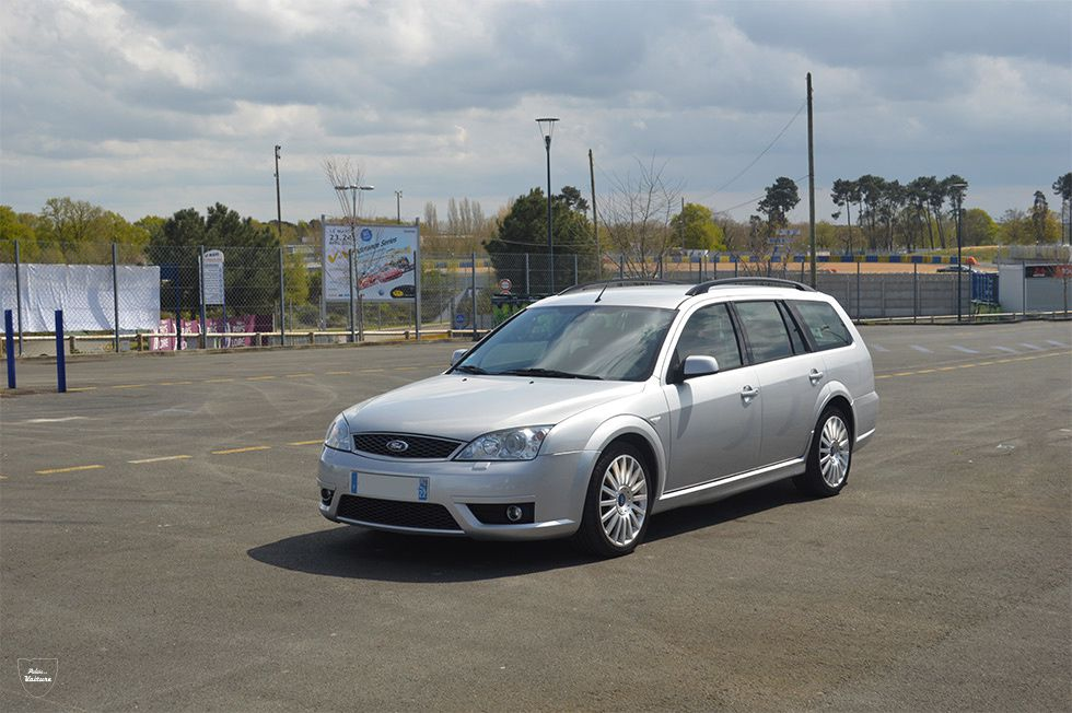 '03 Ford Mondeo II ST 220 clipper
