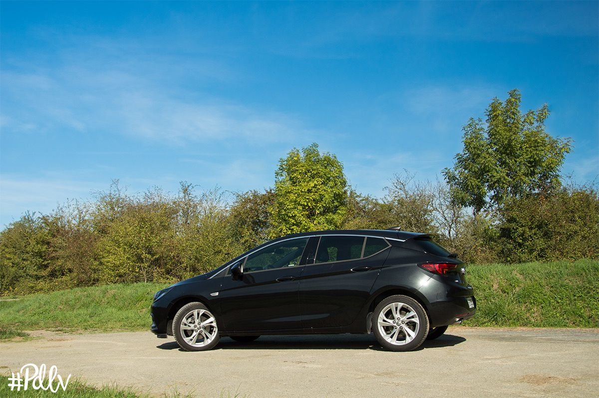 Opel Astra CDTI biturbo 160 : un banal moteur diesel ?