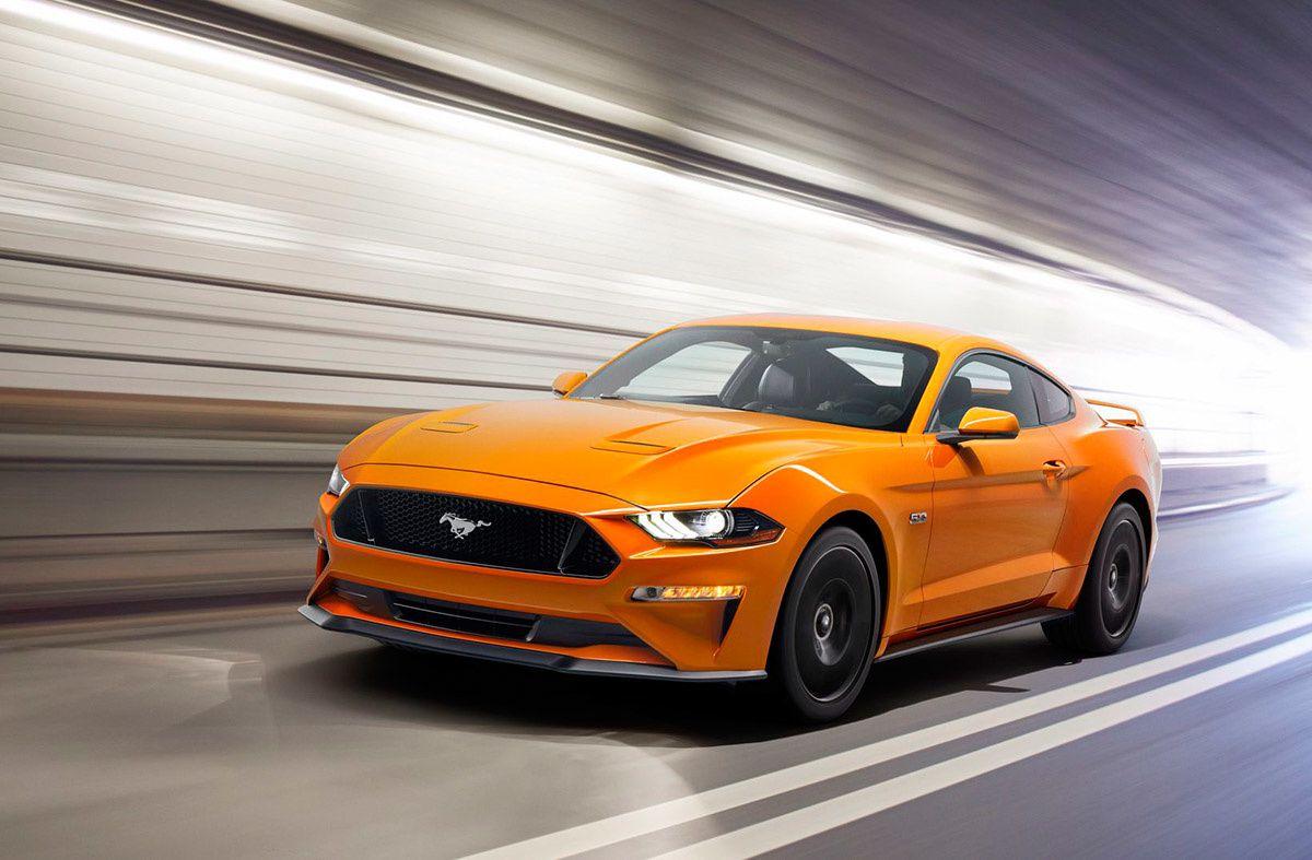 Laissez-vous tenter par la Ford Mustang, la voiture sportive la plus vendue en 2016 !